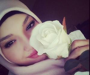 hijab and muslima image