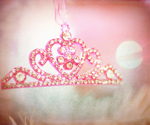 crown, fashion, and pink image