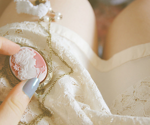 vintage, necklace, and lace image