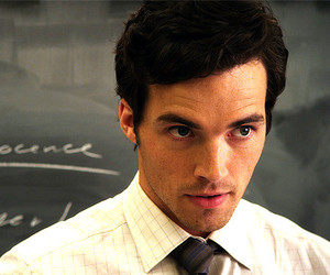 pretty little liars and ian harding image