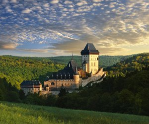 castle and czech image
