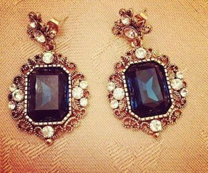 fashion and earrings image