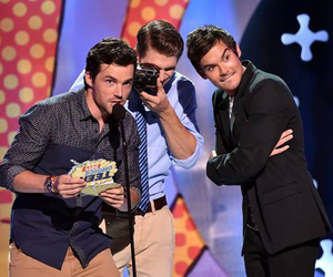 ian harding, keegan allen, and tyler blackburn image