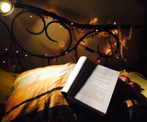bed, book, and Chambre image