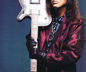 guitar and alice cooper image