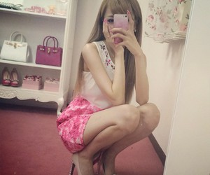 classy, fashion, and asian beauty image