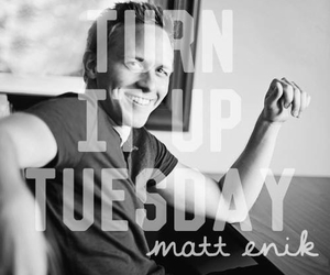country, carlylynn.com, and turn it up tuesday image