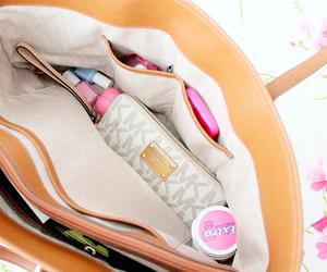girly, pink, and handbags image