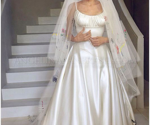 Angelina Jolie, wedding, and wedding dress image