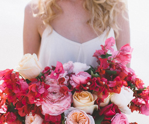 bouquet, flores, and roses image