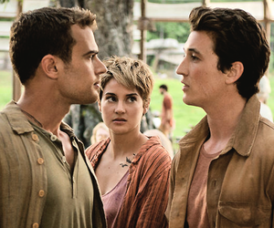 insurgent, peter, and Shailene Woodley image