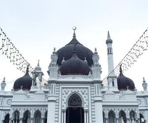 تفسير غسل و تنظيف المسجد في الحلم   رؤيا المسجد في المنام