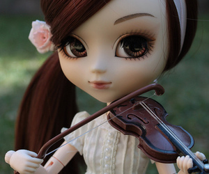 pullip and pullip doll image