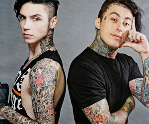 andy biersack, black veil brides, and ronnie radke image