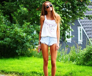 kristine ullebo, fashion, and outfit image