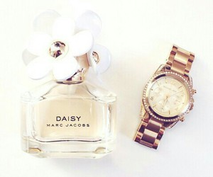 daisy, marc jacobs, and watch image