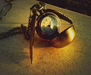golden, golden snitch, and harry potter image