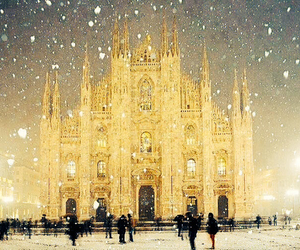 milan and stunning image