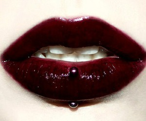 lips, piercing, and vertical labret image
