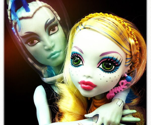 gil, monster high, and lagoona blue image