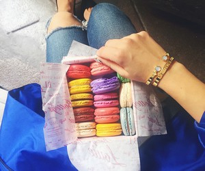 macaroons and love image