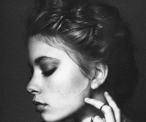 hair, model, and rings image