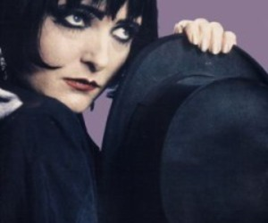 black, siouxsie sioux, and top hat image