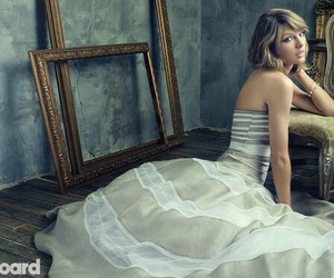 stripes, taylor, and Swift image