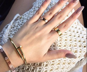 girls, gold, and jewelry image