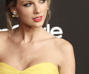 beautiful, golden globes, and Taylor Swift image