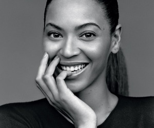 beyoncé, smile, and black and white image