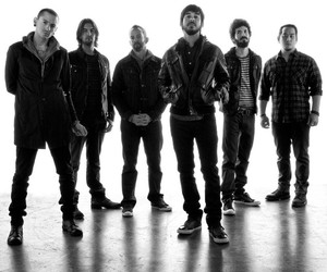 linkin park, lp, and mike shinoda image