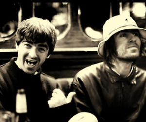black and white, liam gallagher, and noel gallagher image