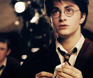 harry potter, daniel radcliffe, and hogwarts image