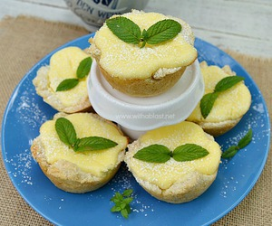 cheesecake, dessert, and bread bowls image