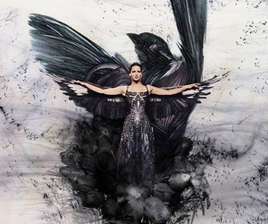 mockingjay, katniss everdeen, and hunger games image