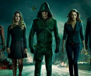arrow and oliver queen image