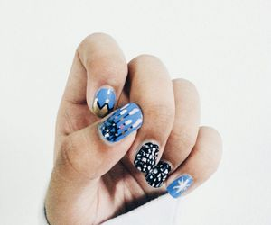 crown, nail art, and twinkle image