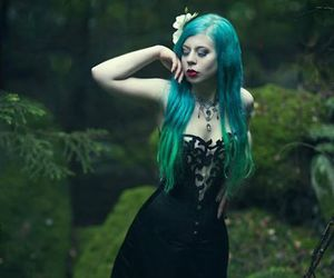 gothic jewelry, gothic fashion, and goth fashion image