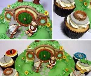cake and LOTR image