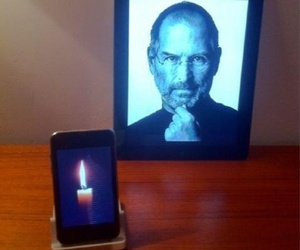 Steve Jobs, iphone, and ipad image