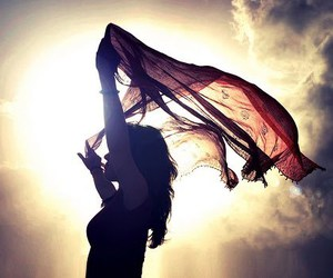girl, wind, and sun image
