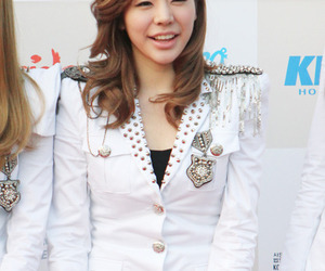 girls generation and Sunny image