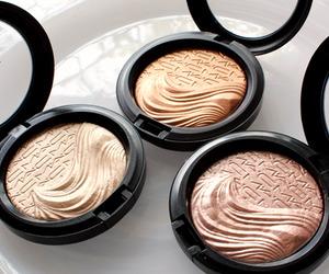 mac, makeup, and highlighter image