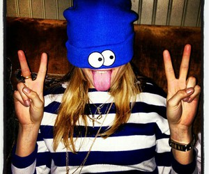 cara delevingne, blue, and funny image