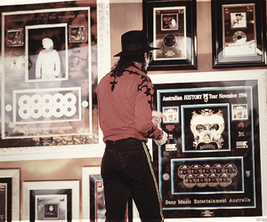gorgeous, pop, and michael jackson image