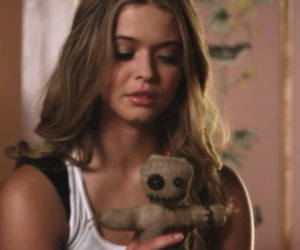 icon, pretty little liars, and pll image