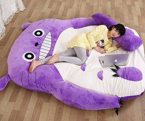 bed and purple image