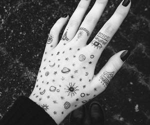 hand, black, and grunge image