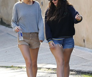 Taylor Swift and lorde image